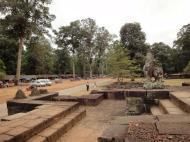 Asisbiz Lion Terrace of the Elephants walled city Angkor Thom 03