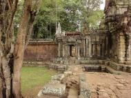 Asisbiz Terrace of the Elephants inner gate Angkor Thom 01