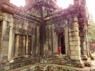 Asisbiz Terrace of the Elephants inner gate Angkor Thom 04