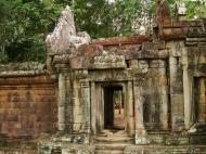 Asisbiz Terrace of the Elephants inner gate Angkor Thom 05