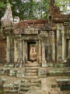 Asisbiz Terrace of the Elephants inner gate Angkor Thom 07