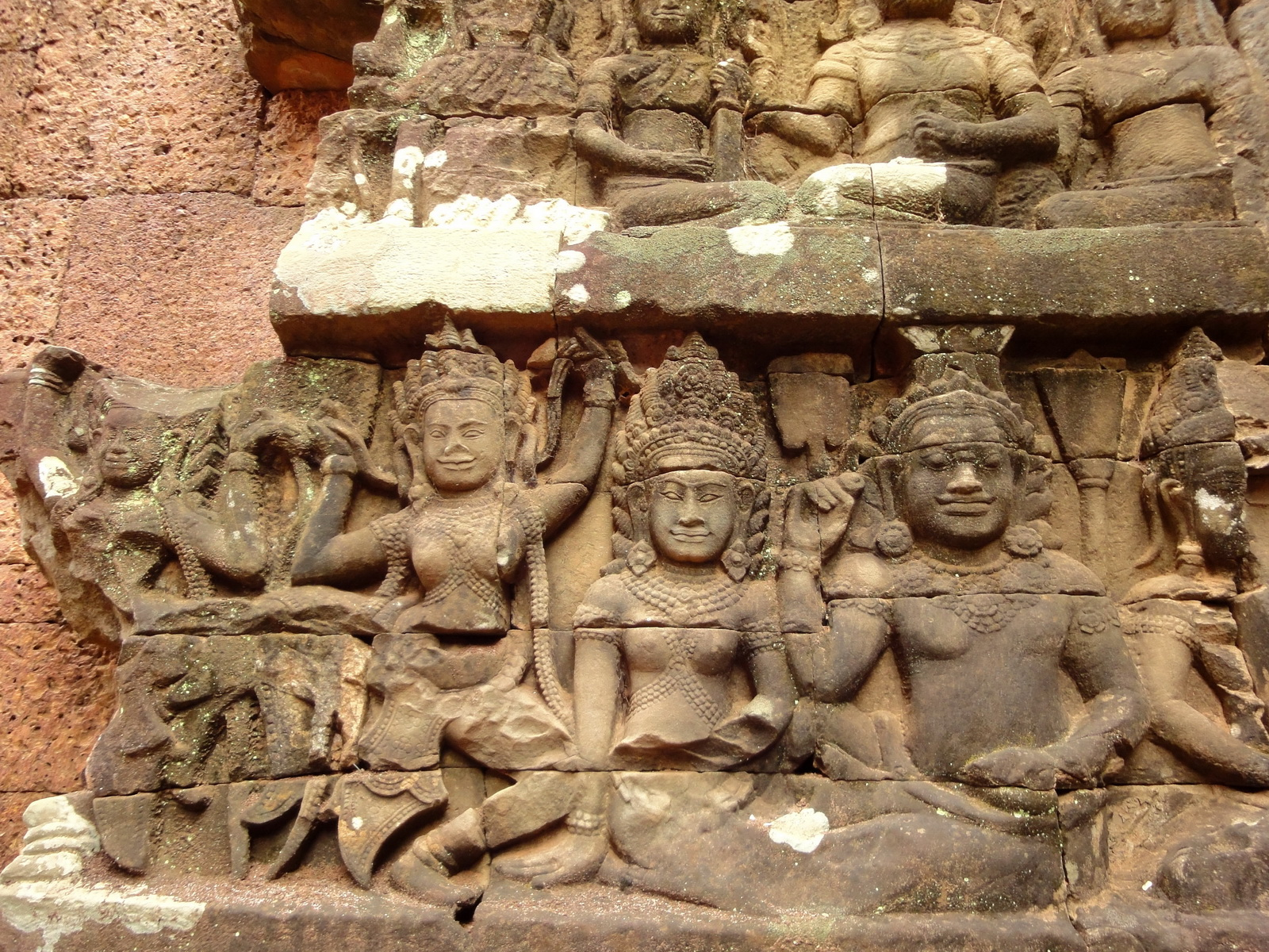 Leper King Terrace hidden wall underworld Nagas and deities 016