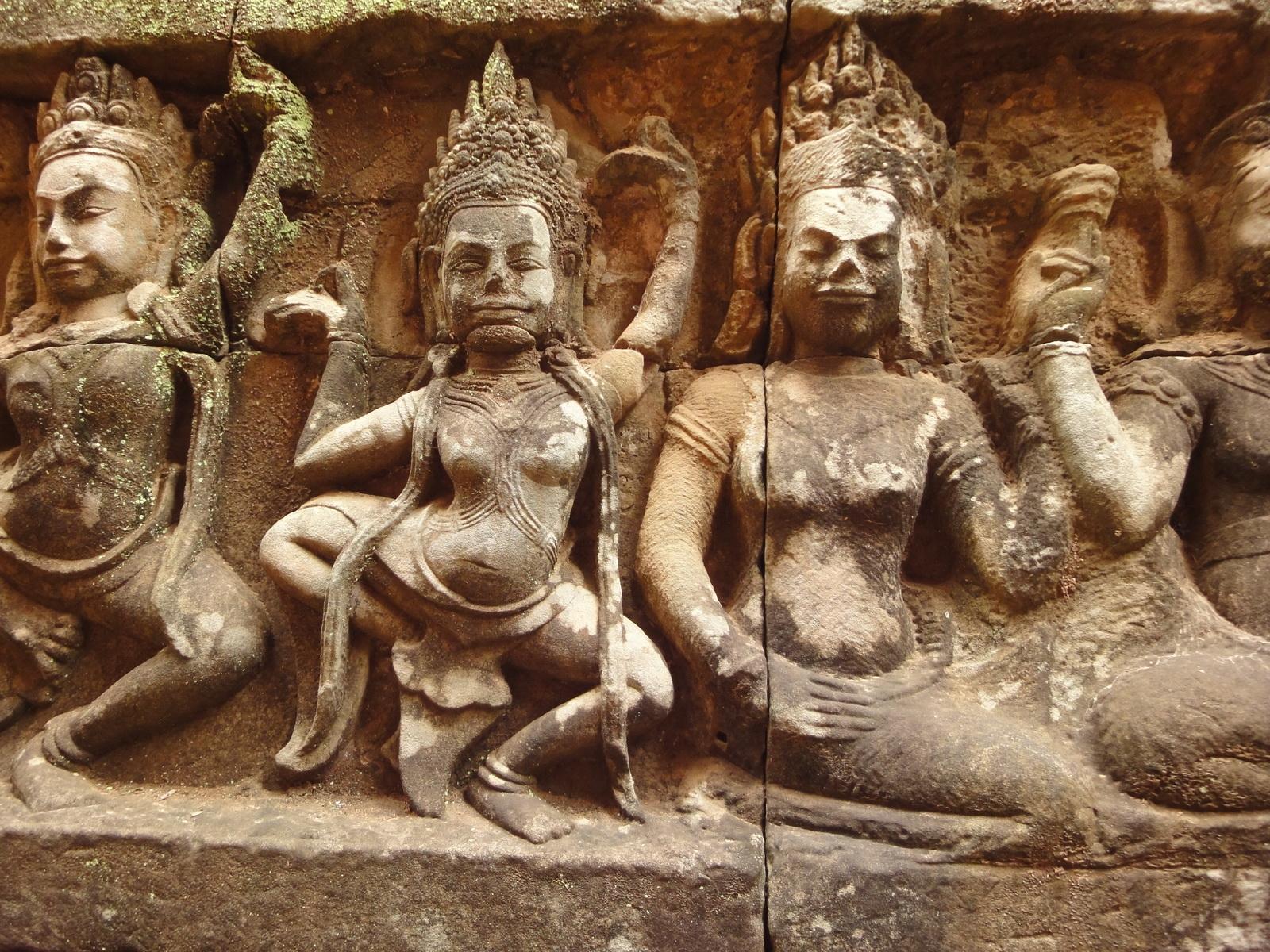 Leper King Terrace hidden wall underworld Nagas and deities 023