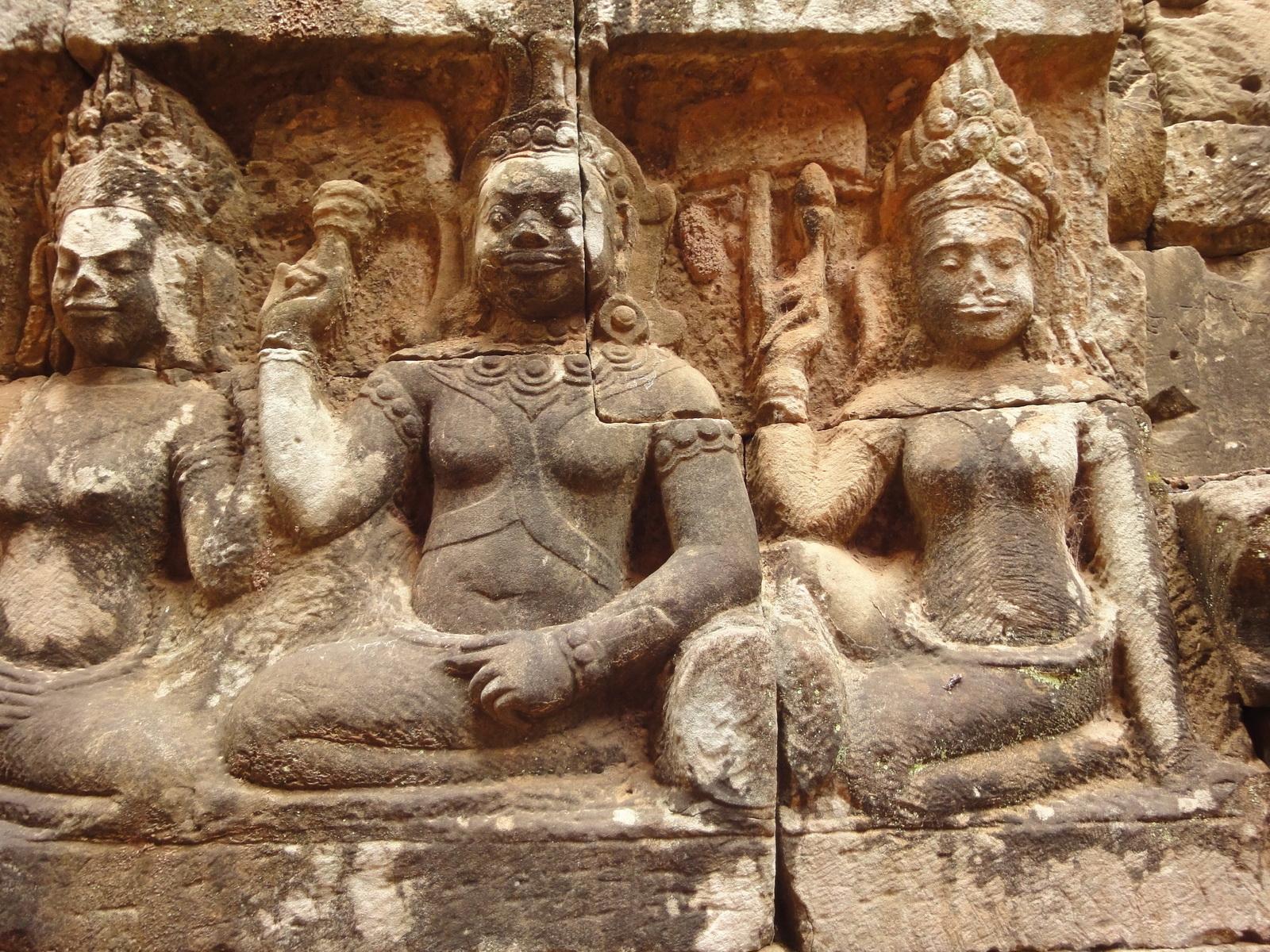 Leper King Terrace hidden wall underworld Nagas and deities 024
