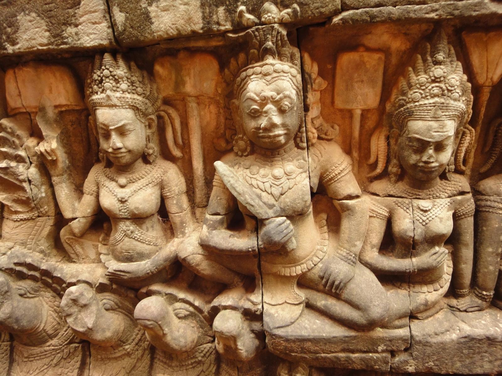 Leper King Terrace hidden wall underworld Nagas and deities 027