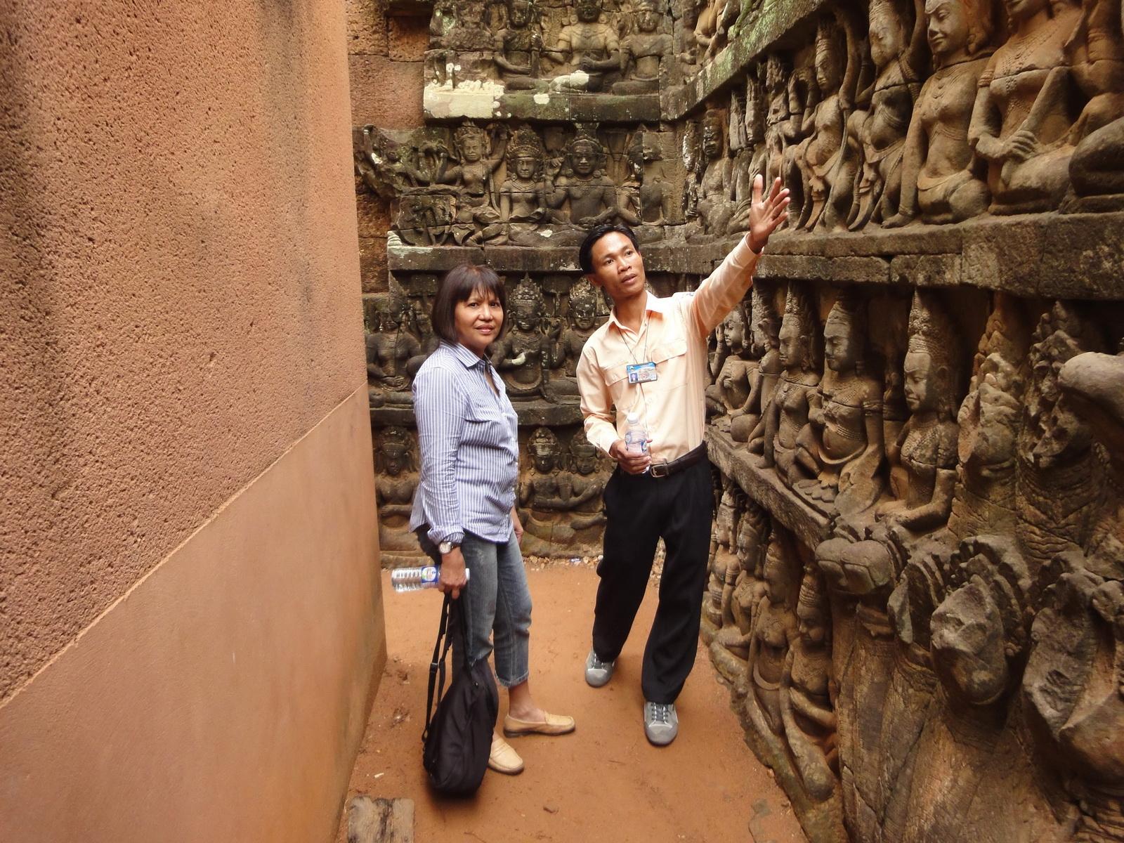 Leper King Terrace hidden wall underworld Nagas and deities 028