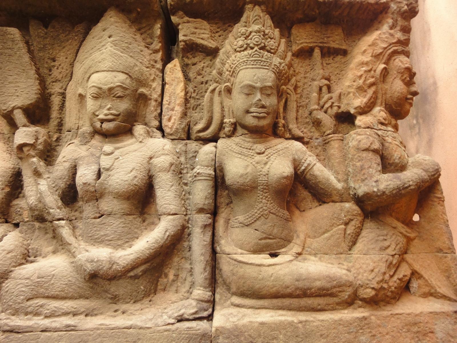 Leper King Terrace hidden wall underworld Nagas and deities 041