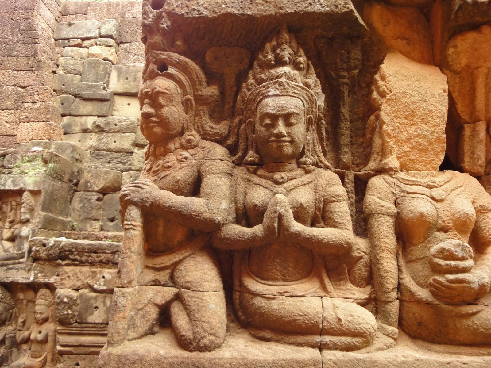Leper King Terrace hidden wall underworld Nagas and deities 045