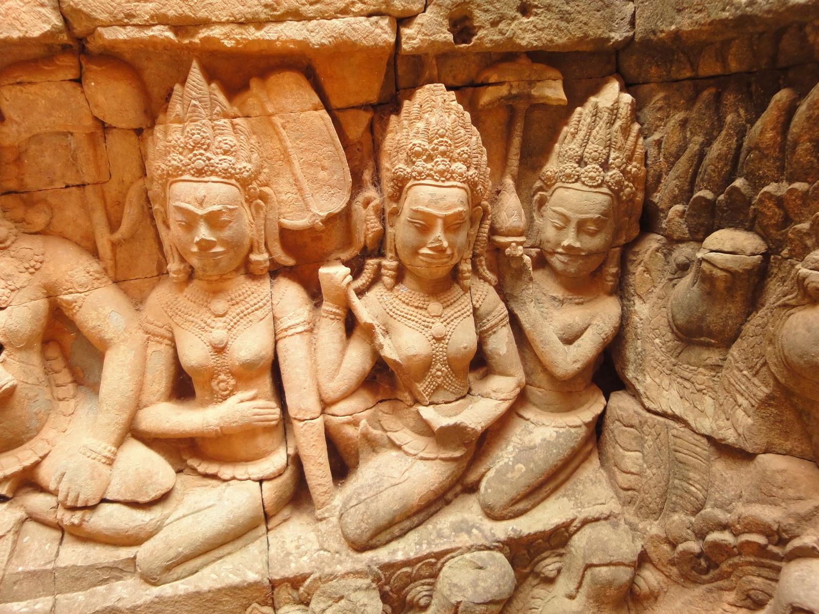 Leper King Terrace hidden wall underworld Nagas and deities 050