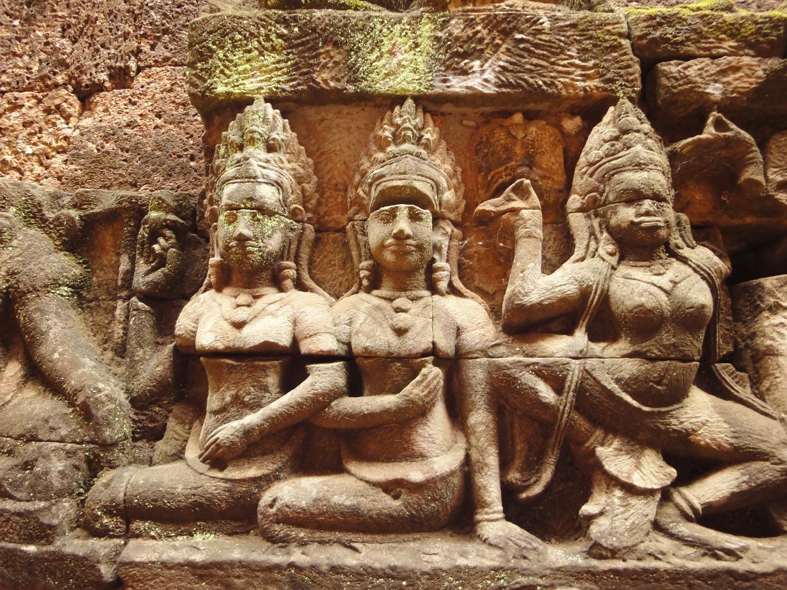 Leper King Terrace hidden wall underworld Nagas and deities 056