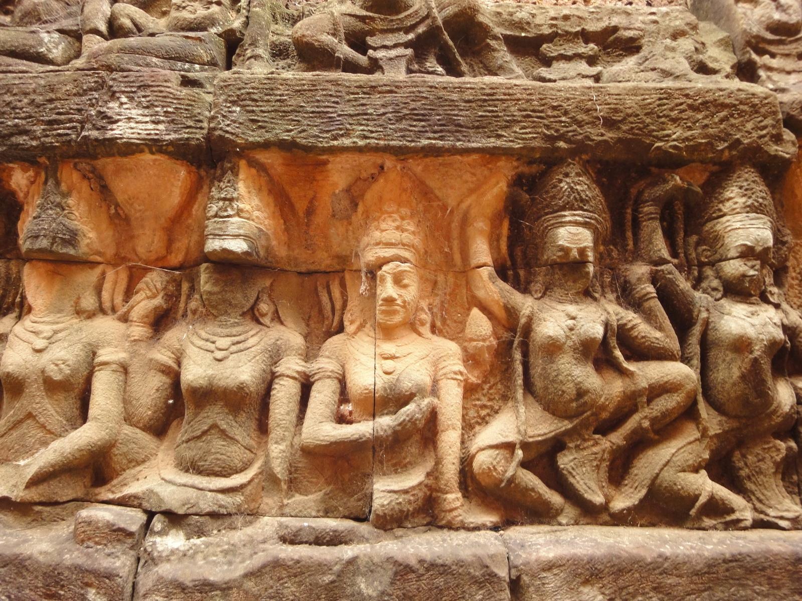 Leper King Terrace hidden wall underworld Nagas and deities 061
