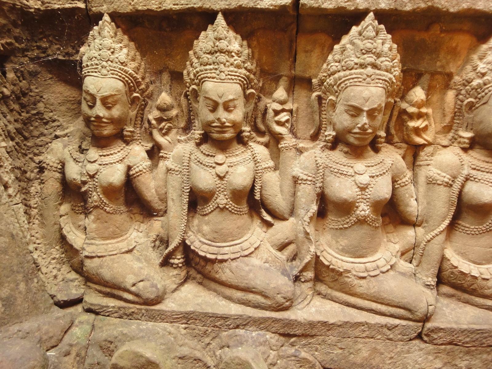 Leper King Terrace hidden wall underworld Nagas and deities 065