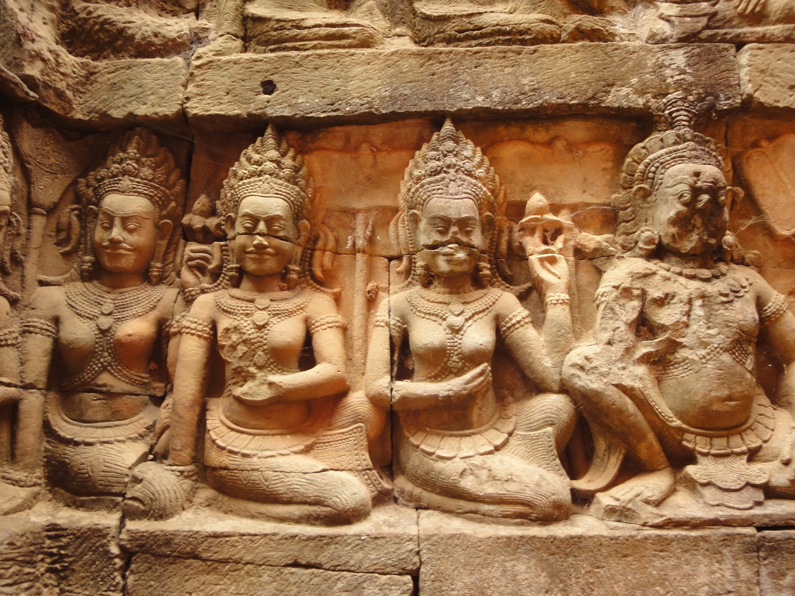 Leper King Terrace hidden wall underworld Nagas and deities 066