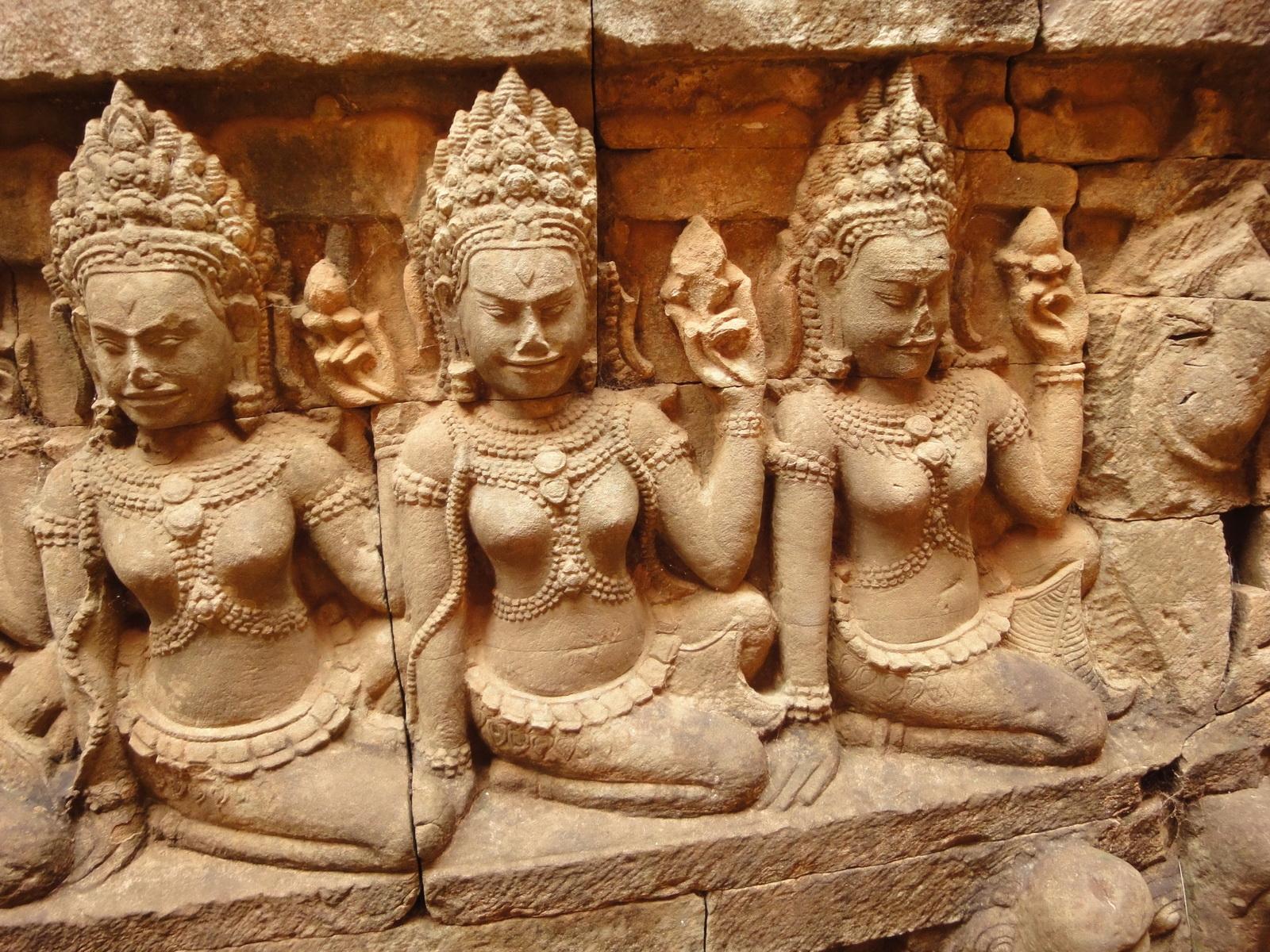 Leper King Terrace hidden wall underworld Nagas and deities 068
