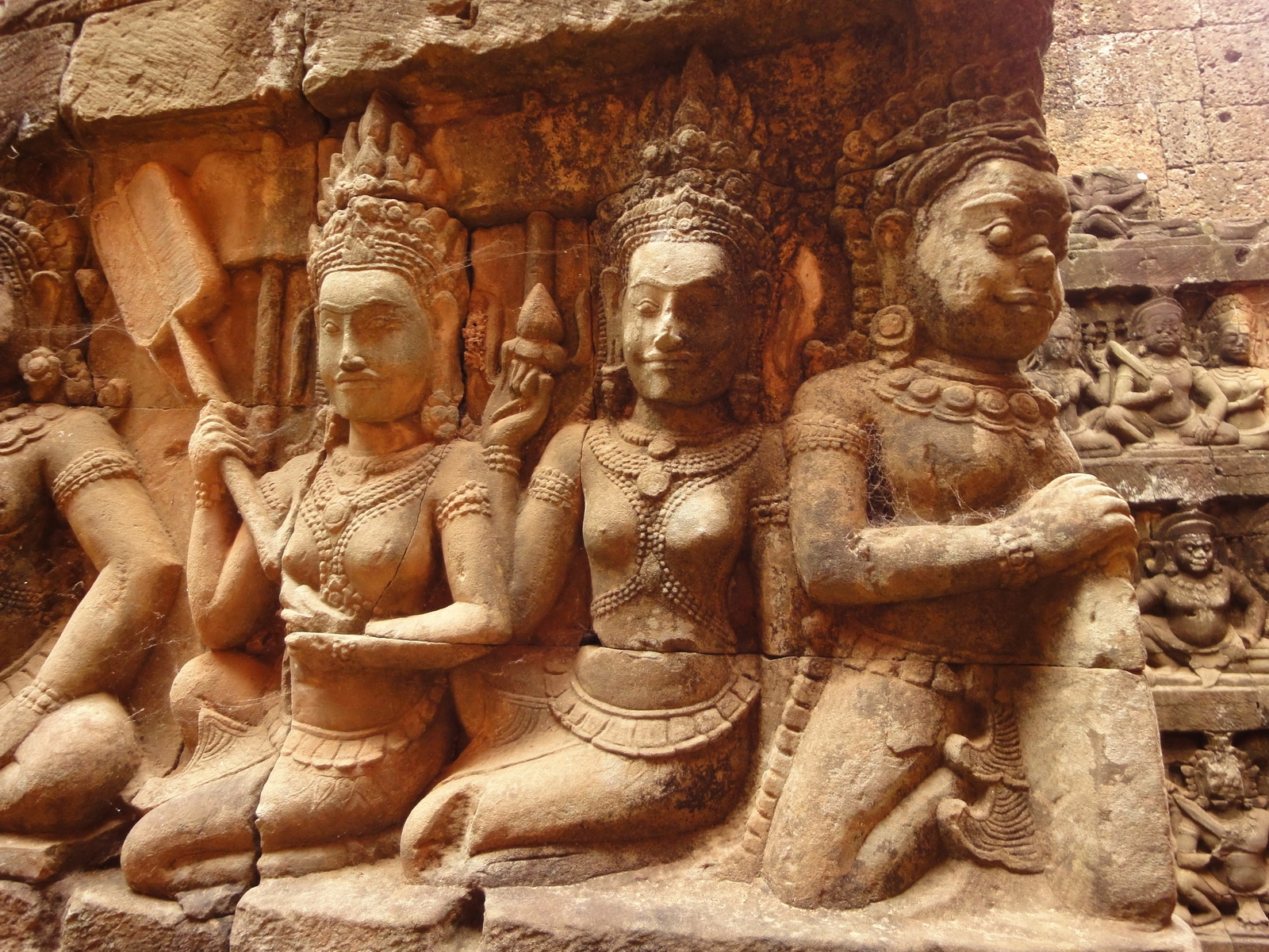 Leper King Terrace hidden wall underworld Nagas and deities 071