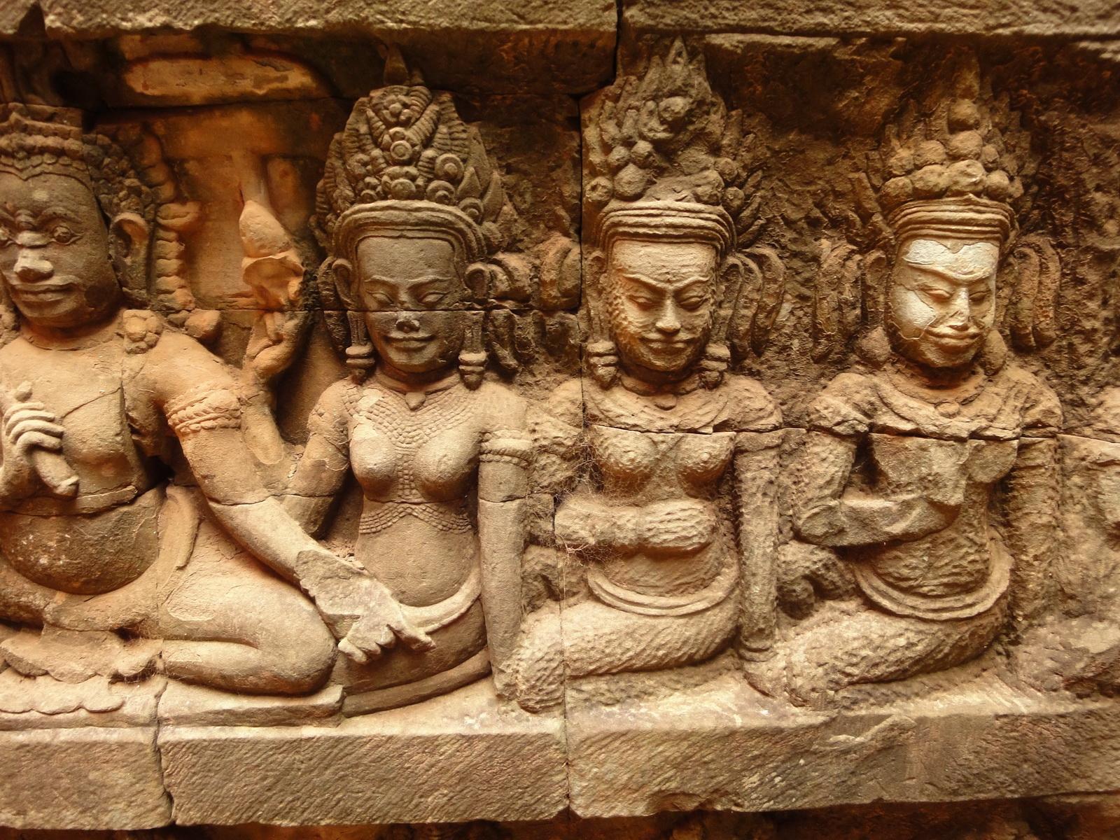 Leper King Terrace hidden wall underworld Nagas and deities 077
