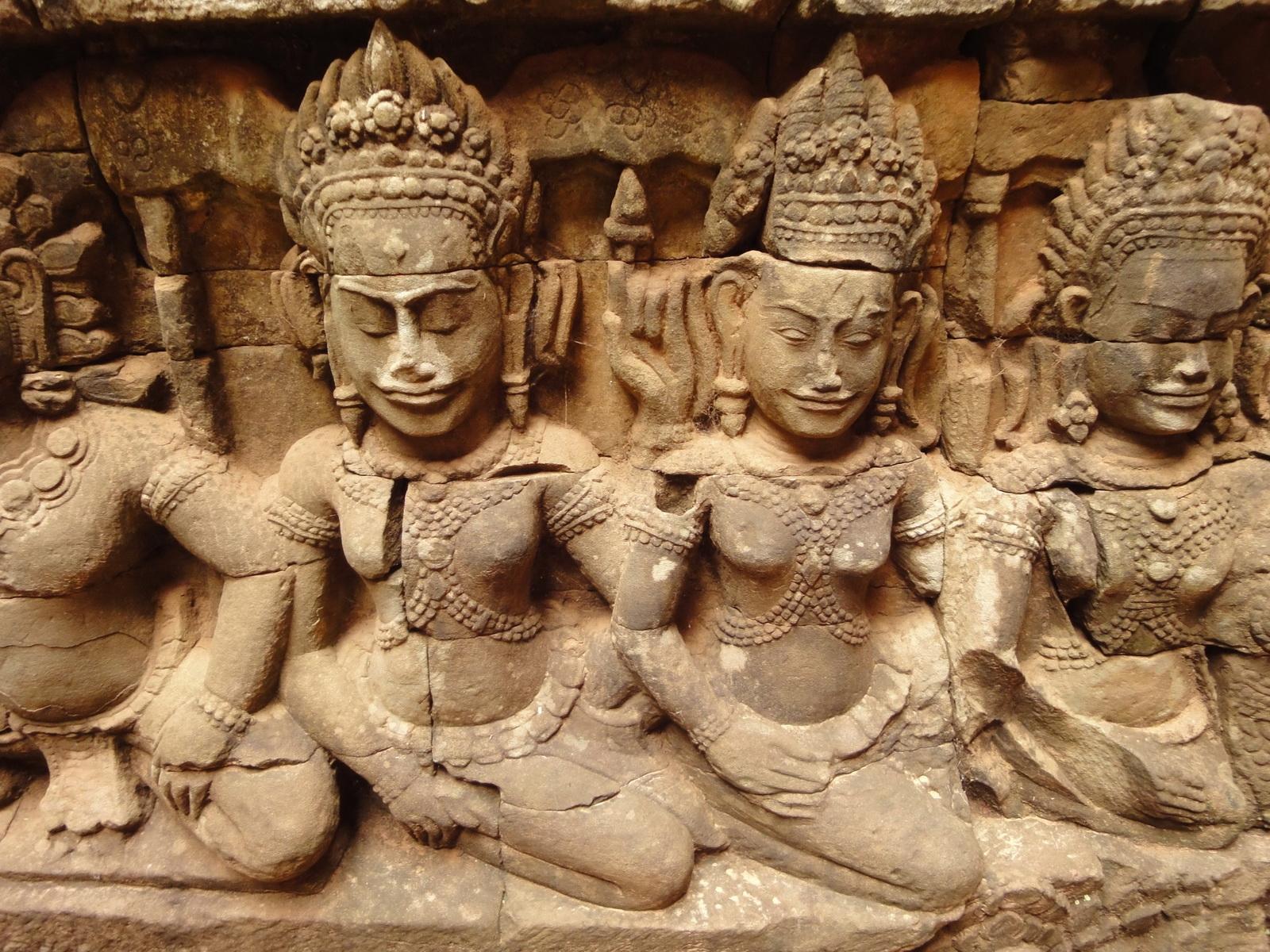 Leper King Terrace hidden wall underworld Nagas and deities 081