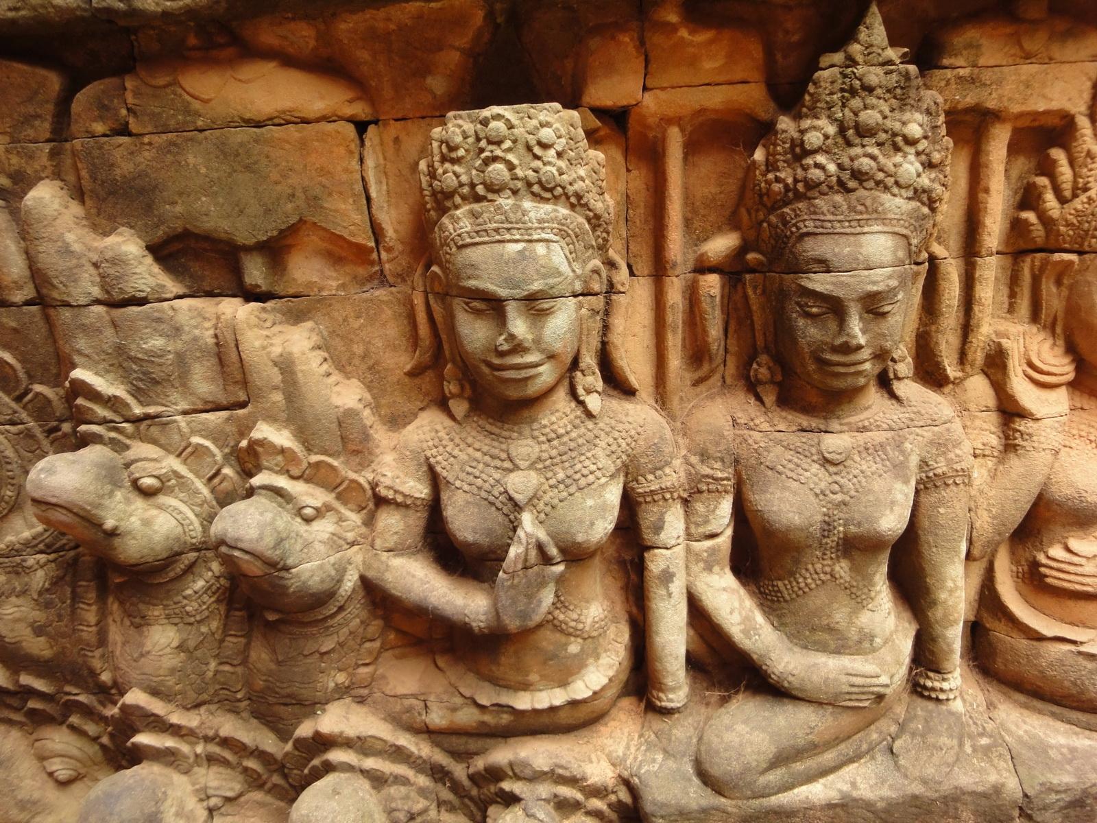 Leper King Terrace hidden wall underworld Nagas and deities 085