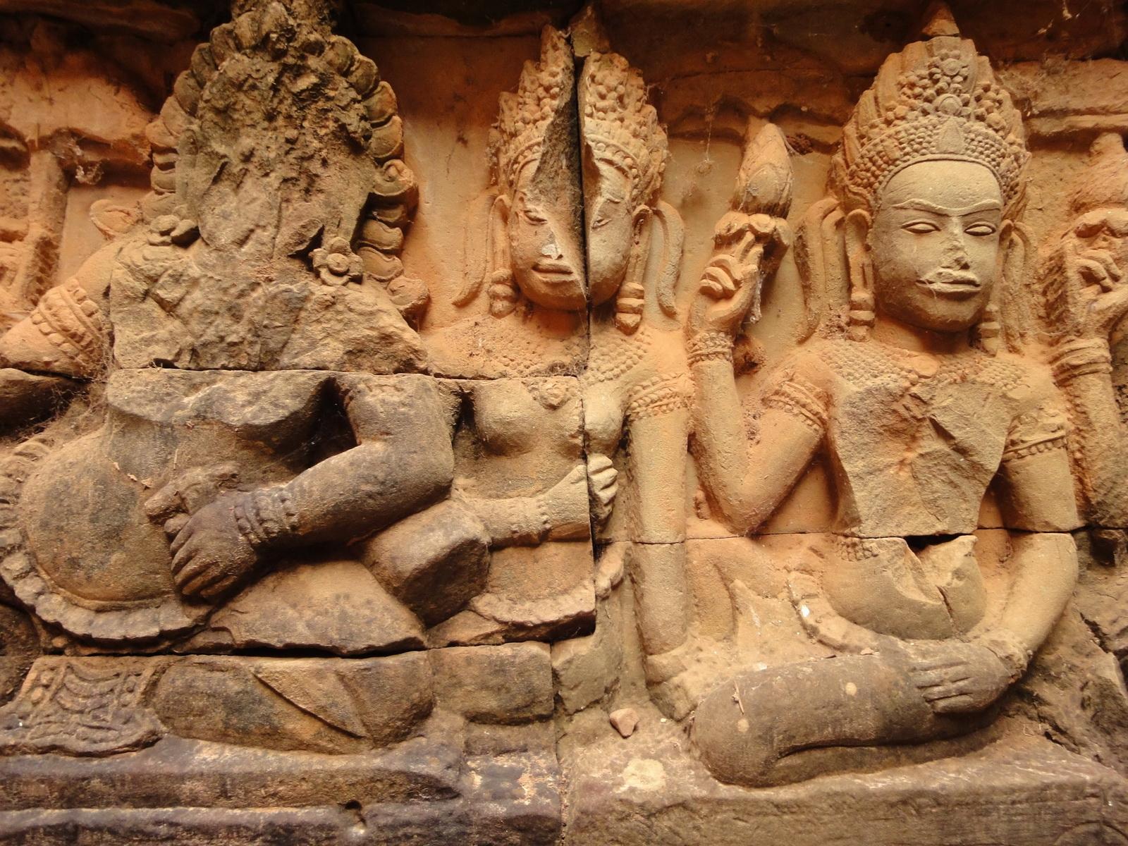 Leper King Terrace hidden wall underworld Nagas and deities 087