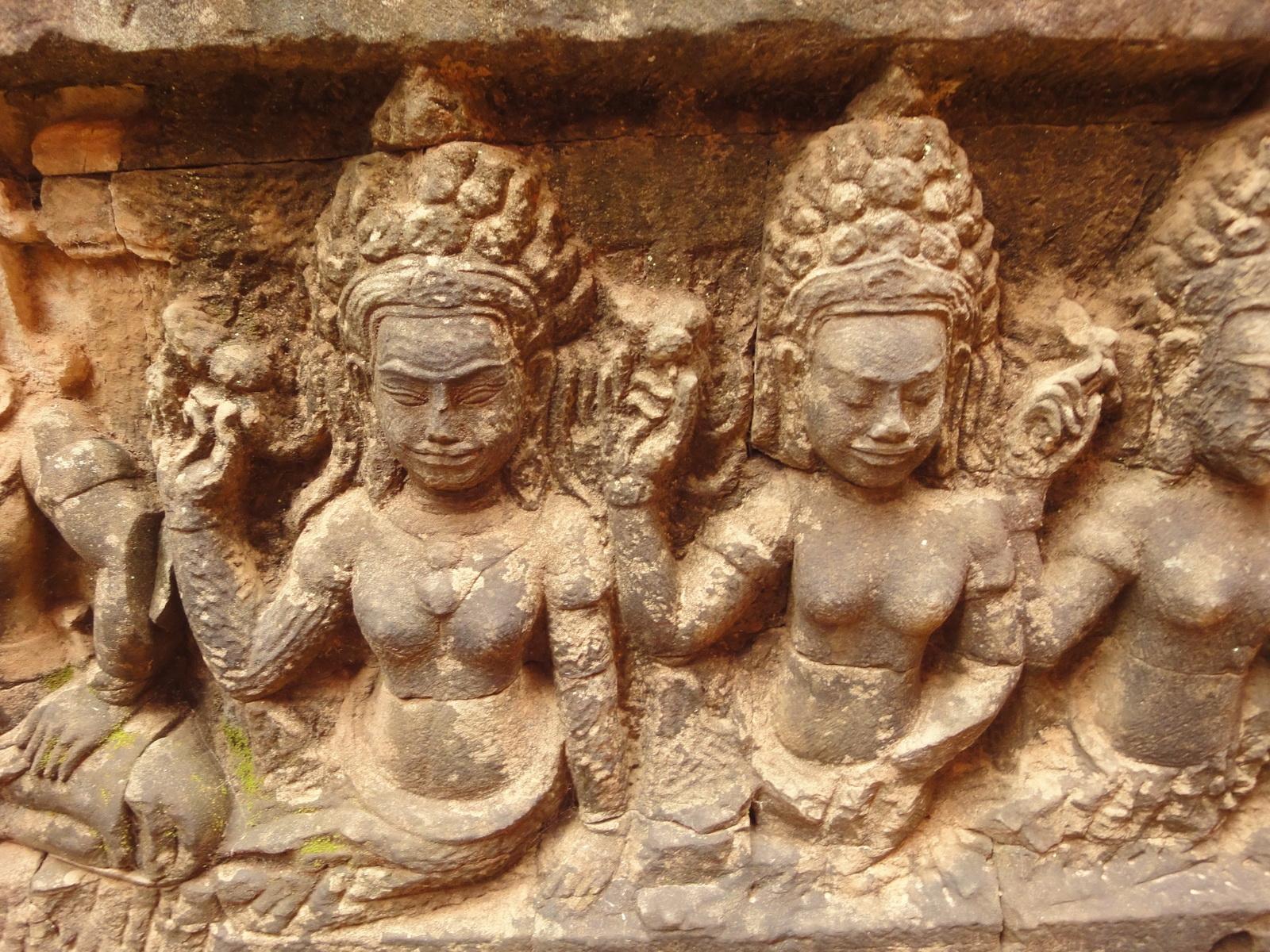 Leper King Terrace hidden wall underworld Nagas and deities 091