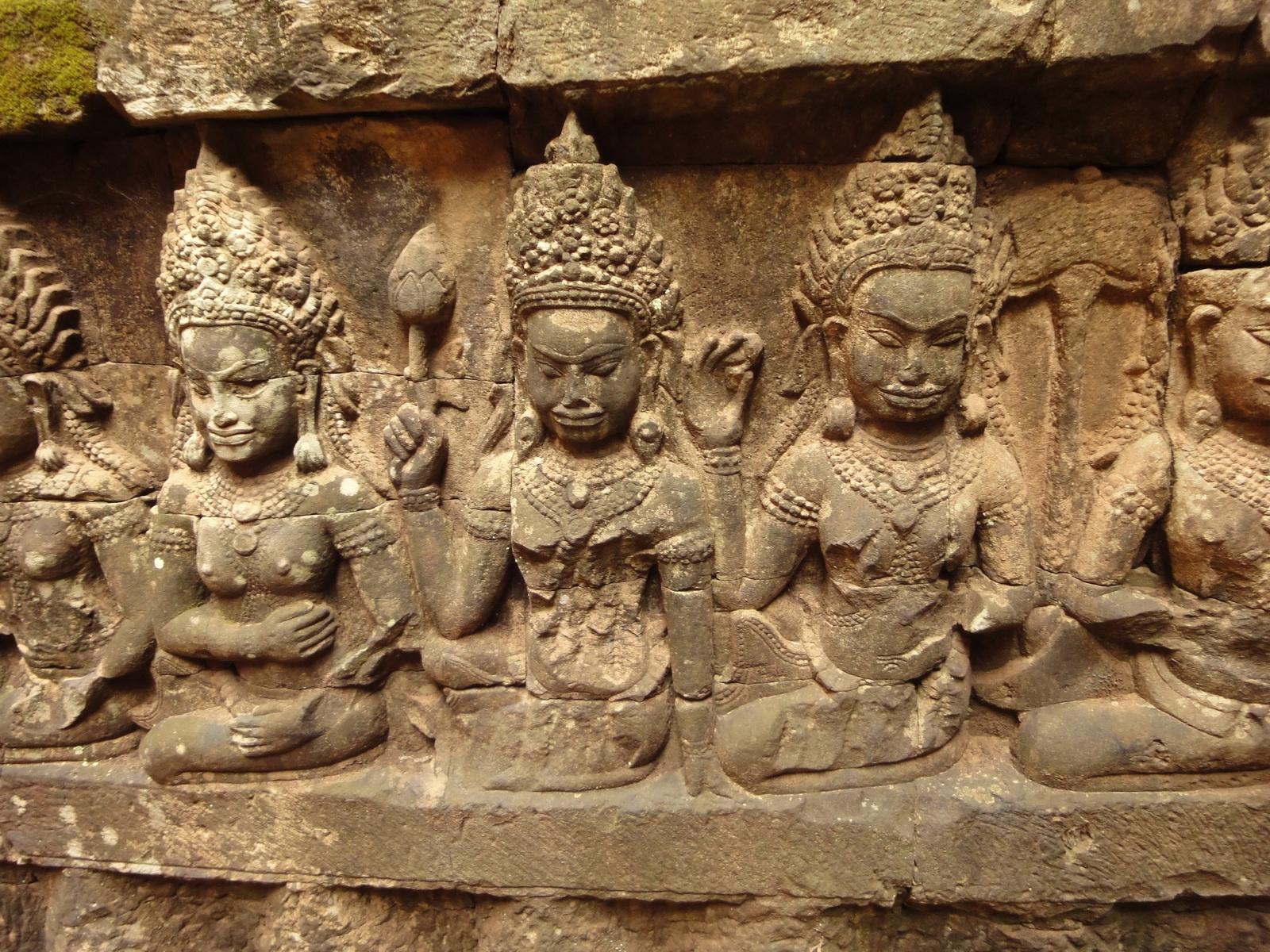 Leper King Terrace hidden wall underworld Nagas and deities 100