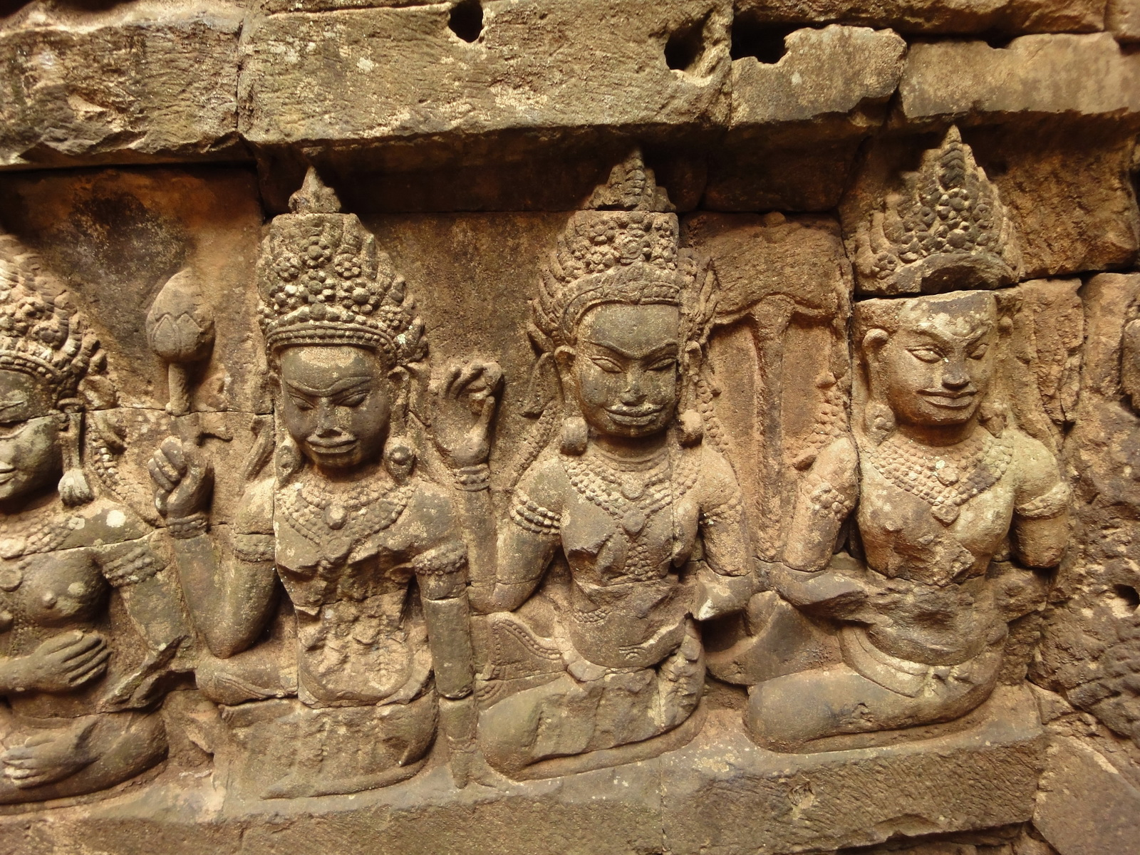 Leper King Terrace hidden wall underworld Nagas and deities 101