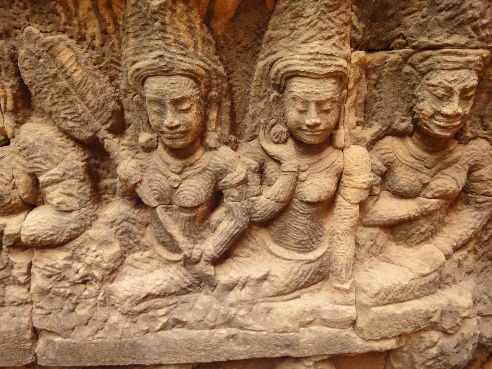 Leper King Terrace hidden wall underworld Nagas and deities 105