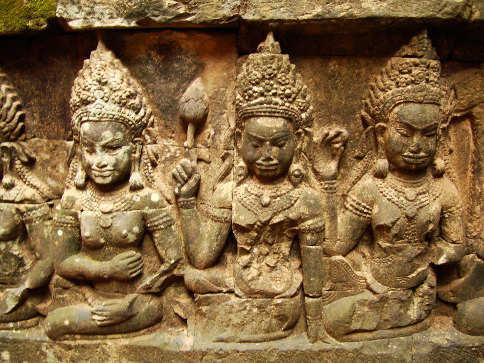 Leper King Terrace hidden wall underworld Nagas and deities 131