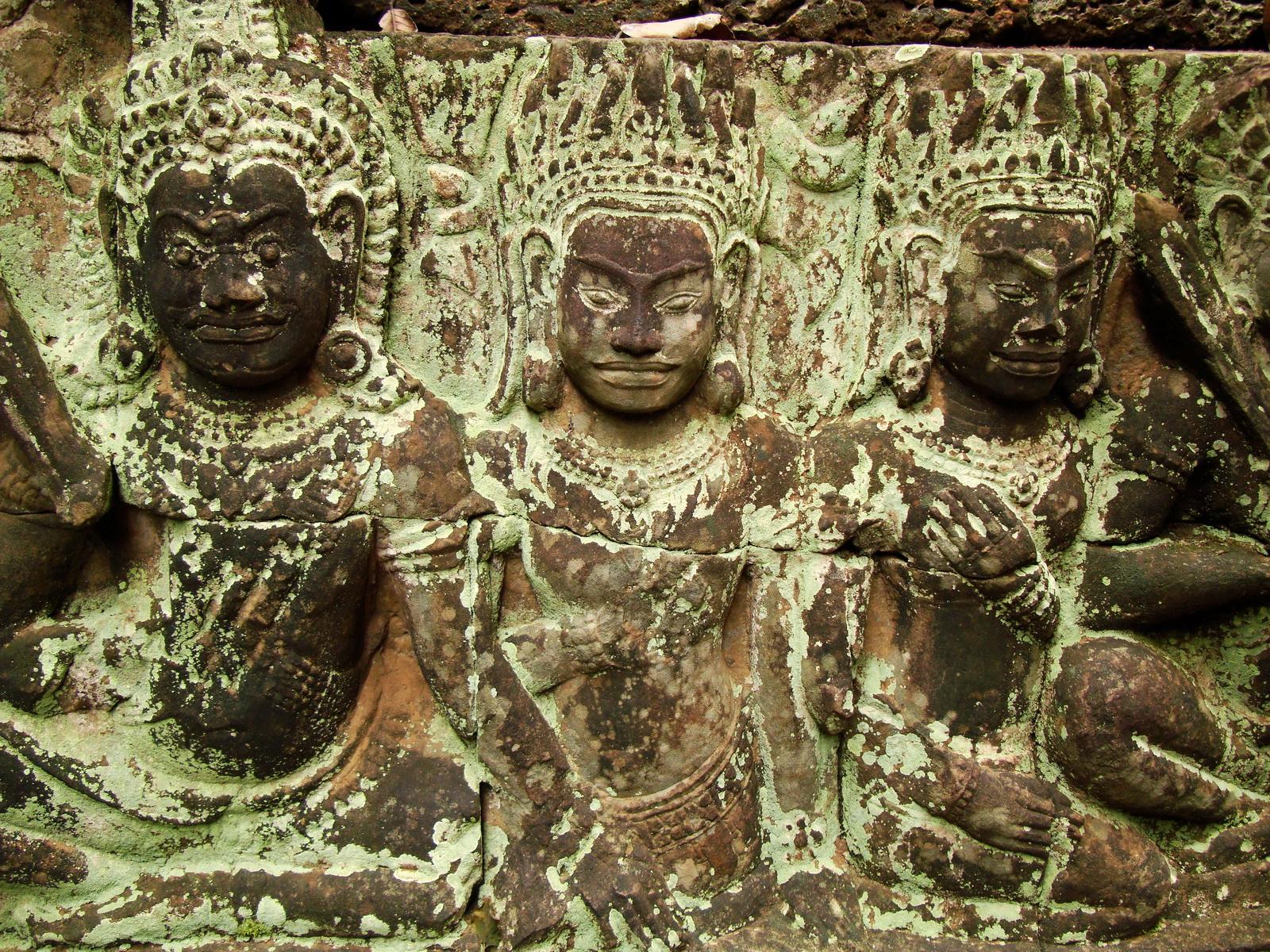 Leper King Terrace hidden wall underworld Nagas and deities 147