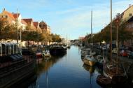 Asisbiz Copenhagen canals Christianshavns Kanal morning