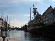 Asisbiz Copenhagen canals Denmark 02