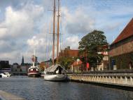 Asisbiz Copenhagen canals Denmark 10