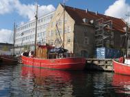 Asisbiz Copenhagen canals Signe rink Kobenhaven Denmark 01