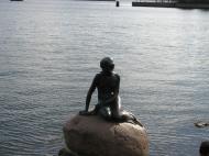 Asisbiz Little Mermaid statue Copenhagen harbor Denmark 01