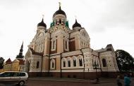 Asisbiz Alexander Nevsky Cathedral built around 1894 SE corner Tallinn Harju Estonia 01