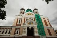 Asisbiz Alexander Nevsky Cathedral built around 1894 east entrance Tallinn Harju Estonia 01