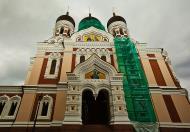 Asisbiz Alexander Nevsky Cathedral built around 1894 east entrance Tallinn Harju Estonia 02