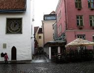 Asisbiz Puhavaimu clock and Saiakangi Kohvik Cafe Saiakang 4 10123 Tallinn Harju Estonia 01