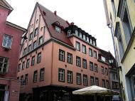 Asisbiz Street views Restaurants and cafes on Raekoja plats Tallinn Estonia 01