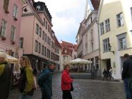 Asisbiz Street views Restaurants and cafes on Raekoja plats Tallinn Estonia 02