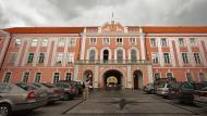 Asisbiz Toompea Castle Palace square Baroque Palace east wing Estonian Parliament Tallinn Estonia 01