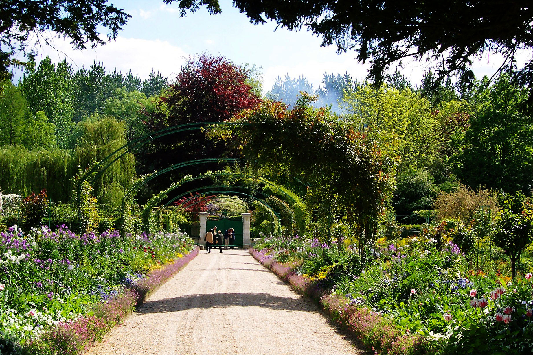 Travel to Claude Monet home or Chateau driveway in Giverny France 01