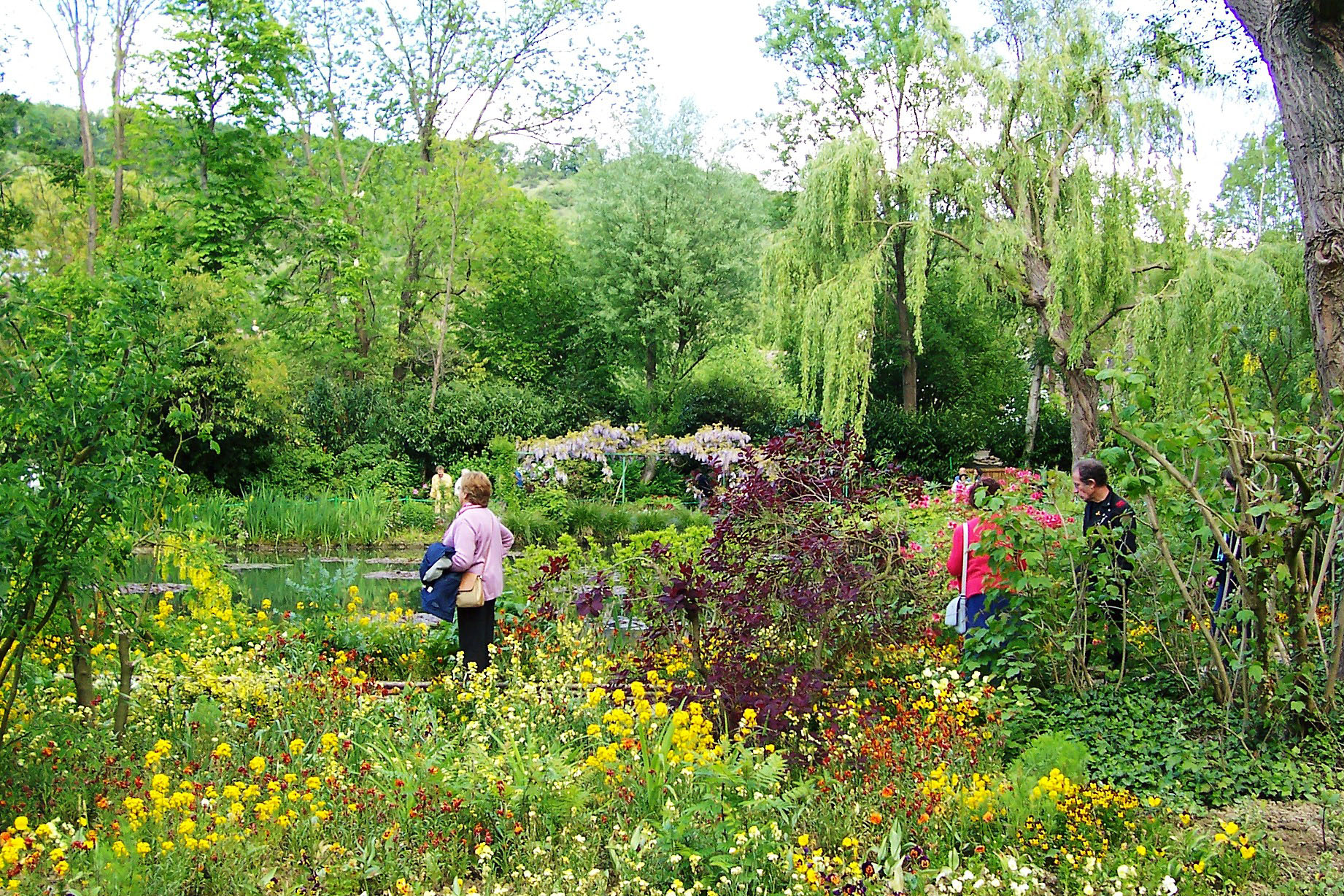 Travel To Claude Monet Home Or Chateau Garden Pathways In