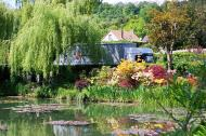 Asisbiz Travel to Claude Monet Chateau garden in Giverny France 02