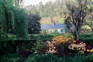Asisbiz Travel to Claude Monet home or Chateau in Giverny France 10