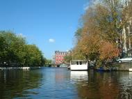 Asisbiz Holland Amsterdam canal scenes Oct 2001 03