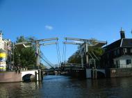 Asisbiz Holland Amsterdam canal scenes Oct 2001 17