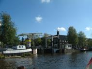 Asisbiz Holland Amsterdam canal scenes Oct 2001 19