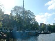 Asisbiz Holland Amsterdam canal scenes Oct 2001 43
