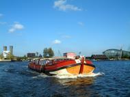 Asisbiz Holland Amsterdam canal scenes Oct 2001 50